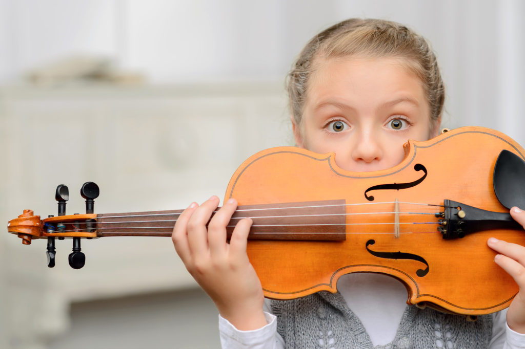 Музыка, личный пример, школа: 5 простых вещей, которые делали родители успешных детей