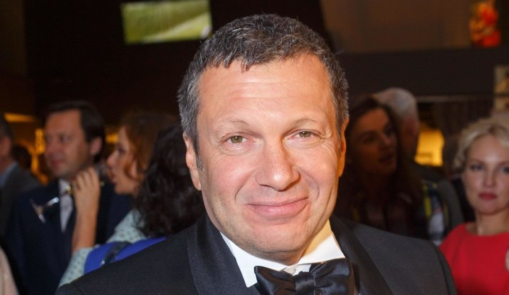 Владимиру Соловьеву исполнилось 57 лет: три жены, восемь детей и множество скандалов