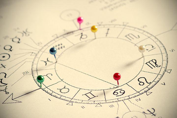 Девы, следите за глазами: как Солнце в Весах отразится на здоровье знаков зодиака до 16 ноября
