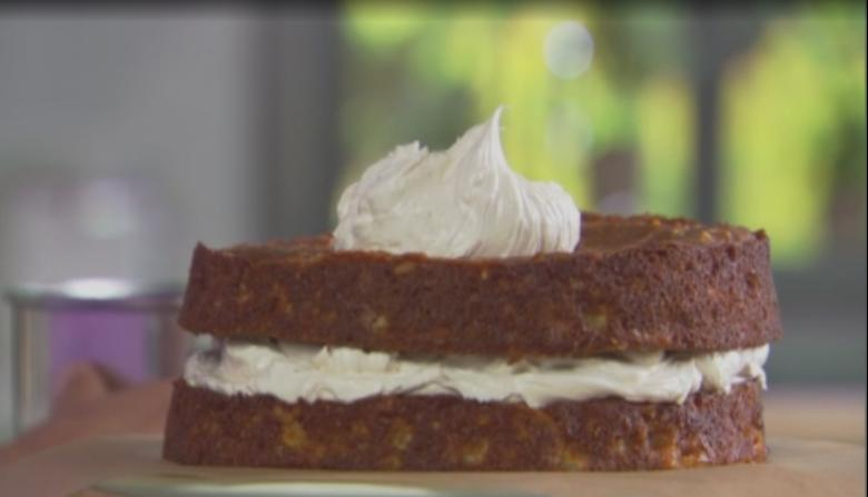 Трехслойный ароматный яблочный торт от шеф-повара Джона Барричелли для любителей идеальных сочетаний