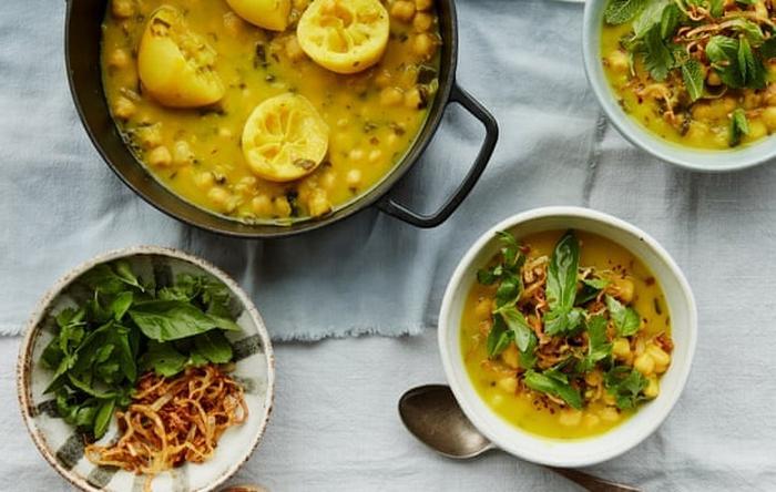 Готовь сани летом: зерновые, томатная паста, соленые огурцы, специи   долговечные и универсальные продукты, которые помогут нам пережить зиму