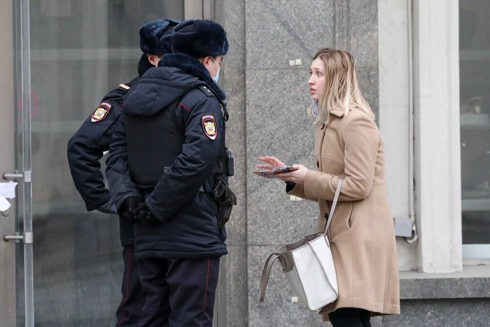 Обязательная самоизоляция не только для пациентов с подтвержденным коронавирусом: жители Москвы получили более 113 тысяч штрафов за нарушение режима изоляции