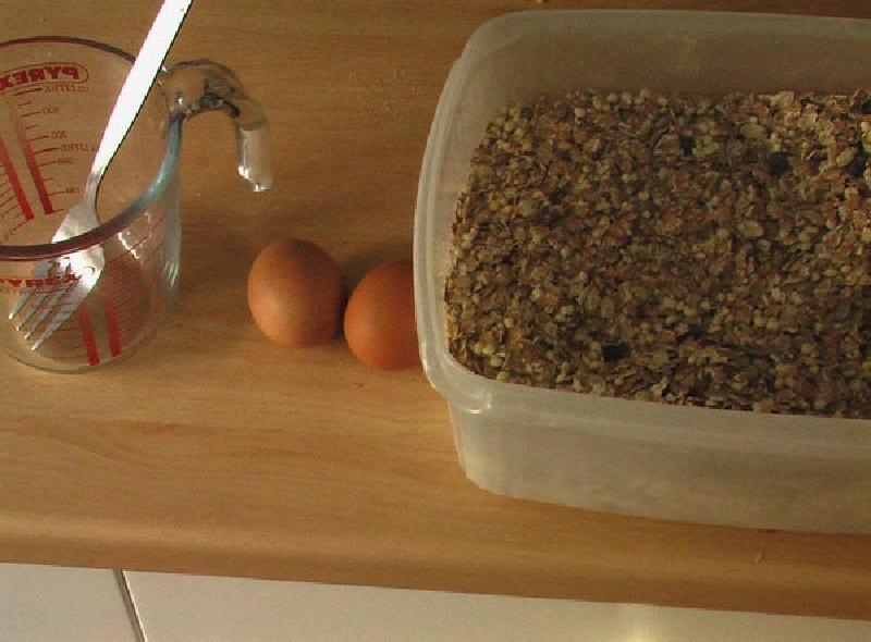 Быстрый и вкусный завтрак из овсянки и сыра: питательный блинчик наполнит энергией