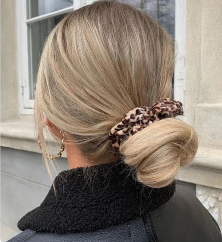 Осенью из-за ветра и влажности любая укладка волос подвергается нешуточным испытаниям. Три прически, которым все нипочем