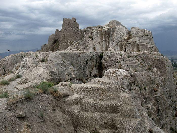 Археологи обнаружили в Иране руины древнего поселения на территрии легендарного царства Урарту