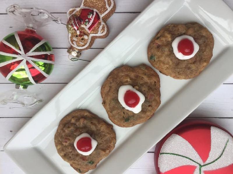Ароматное фруктовое печенье с белой глазурью: радуем семью превосходной домашней выпечкой