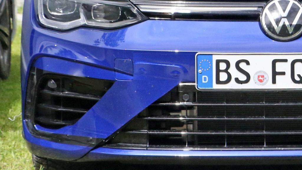 Дебют состоится 4 ноября: на подходе самый мощный серийный Volkswagen Golf