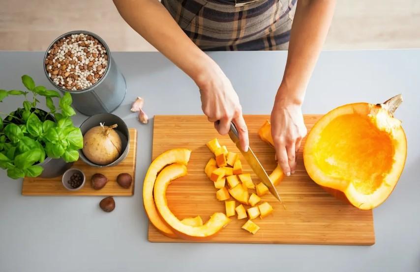 Что делать со старыми тыквами: приготовить печенье или сделать компост