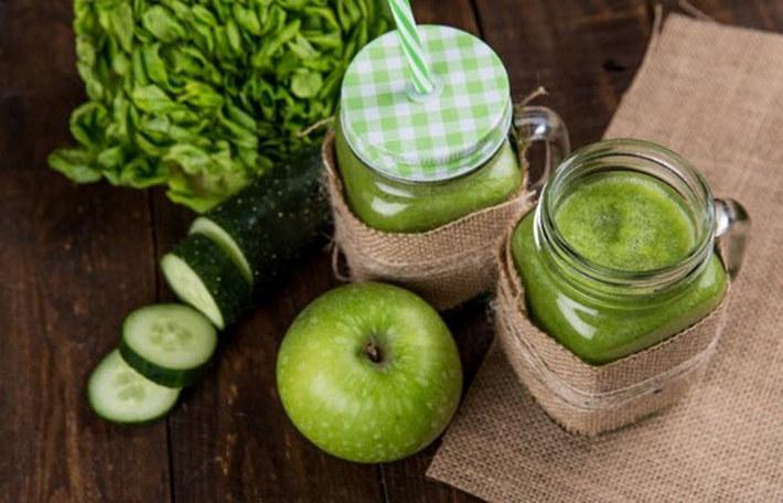 Овощные тако,коктейли, чипсы из капусты, сэндвичи в мангольде: несколько вкусных способов есть больше зелени, не запихиваясь нелюбимыми салатами