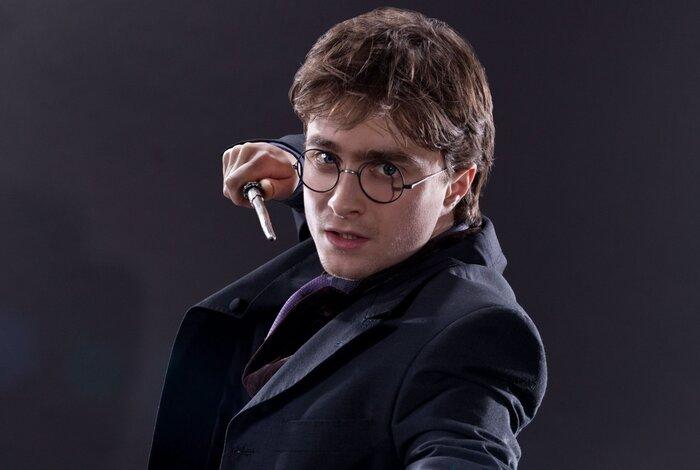Я не умею быть знаменитым: Дэниел Рэдклифф рассказал, на что тратит свои миллионы и жалеет ли о роли Гарри Поттера