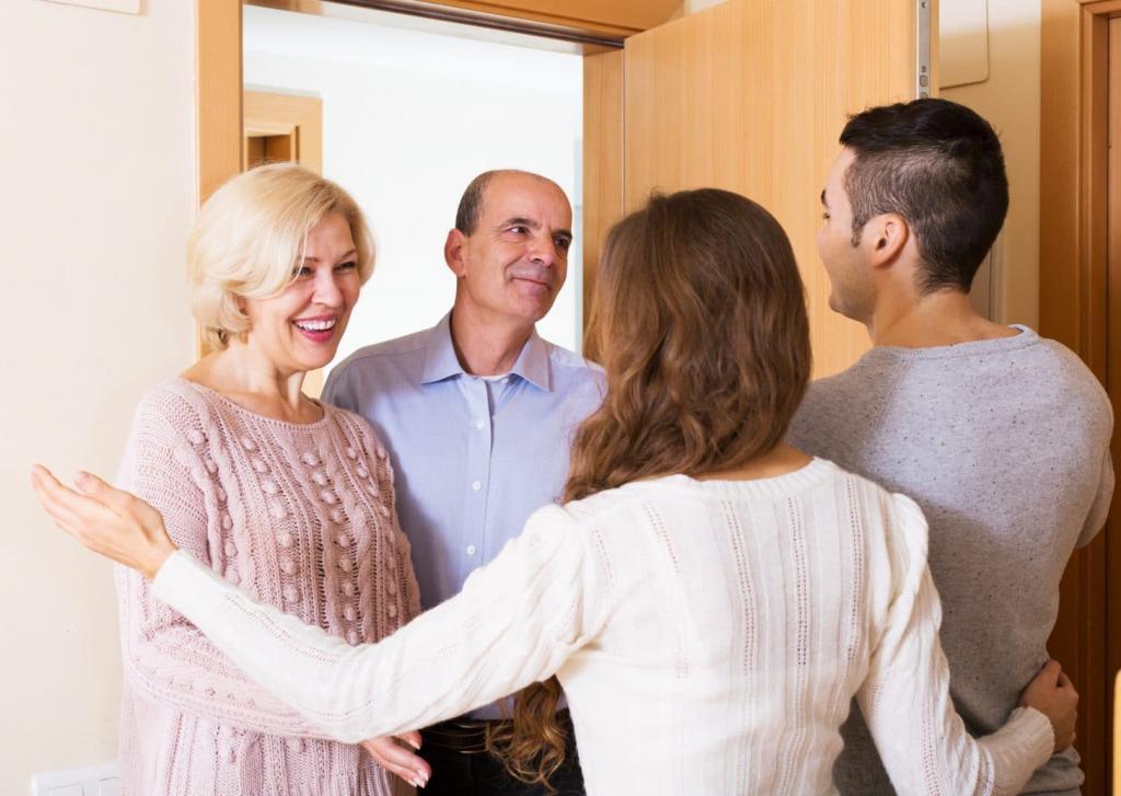Пошли свататься к родителям невесты, посидели хорошо. А наутро сын пришел расстроенный