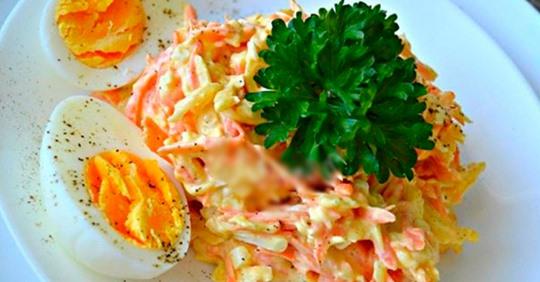 Лёгкий французский салат с сыром и морковью