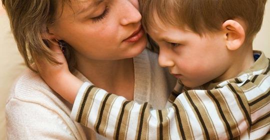 Когда Елена пришла в детский дом выбрать себе девочку, один мальчик спросил-Мама, ты за мной?
