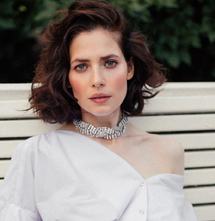 Естественный make up, почти незаметный для глаз: Юлия Снигирь показала подписчикам новый образ, и они восхитились красотой актрисы