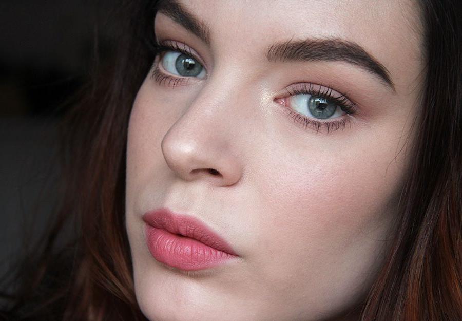 Простые шаги для максимально естественного макияжа английская роза, как у Киры Найтли и Леди Ди