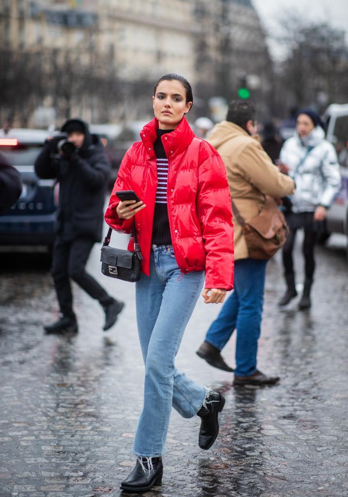 Пуховик: один тренд и два стильных способа носить его в холодную погоду
