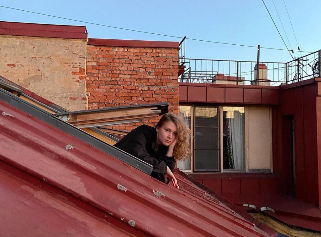 Алена Апина призналась, что выстрадала свою дочь. Как сейчас выглядит взрослая Ксюша (новые фото)