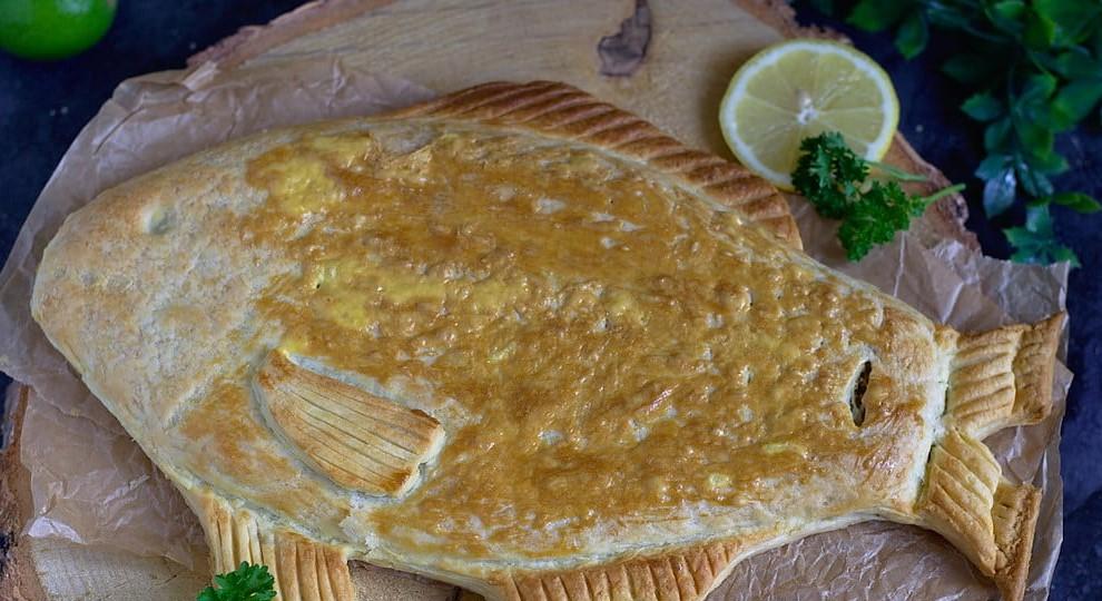Карп с грибами в слоеном тесте: рецепт вкусного и красивого пирога