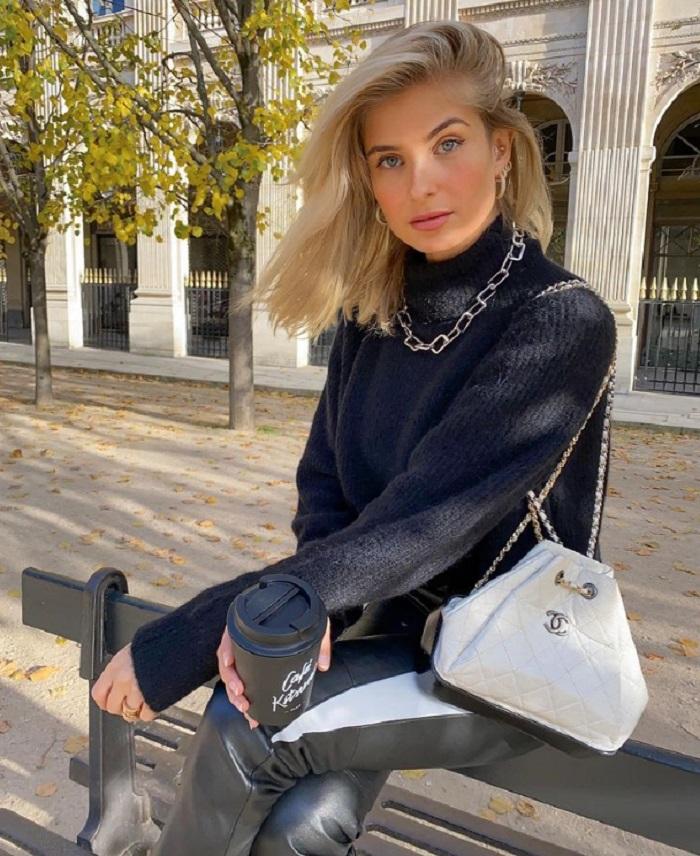 С бахромой, треугольные и не только: какие сумочки к тренде этой зимой