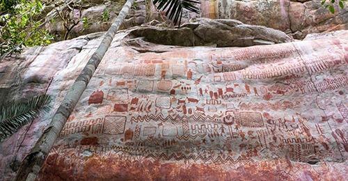 Археологи нашли в джунглях Амазонки «Сикстинскую капеллу» возрастом 12500 лет