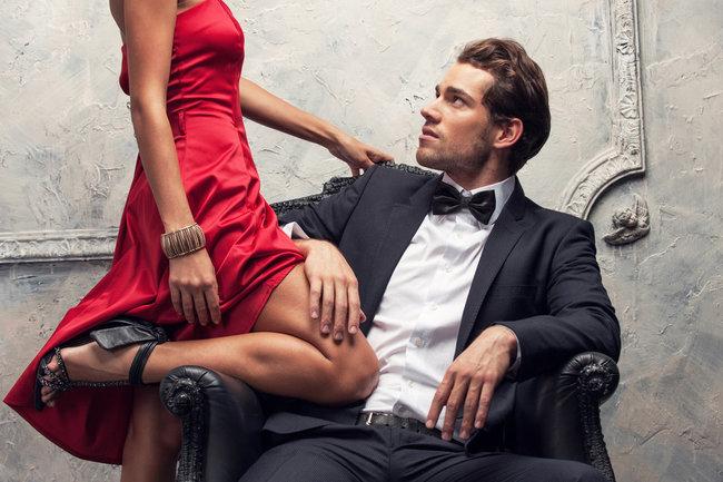 11 вещей, которые только зрелые женщины делают в отношениях
