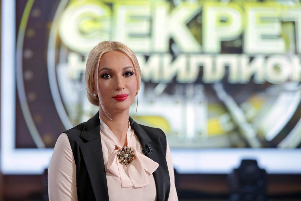 Ведущая программы «Доброе утро» Лариса Вербицкая рассказала Лере Кудрявцевой, что первый муж ее бил, и поэтому она запрещает ему видеться с ребенком