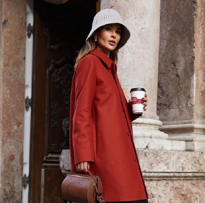 Модные блогеры назвали 6 трендовых цветов одежды зимы - 2020/21: бежевый как всегда в моде