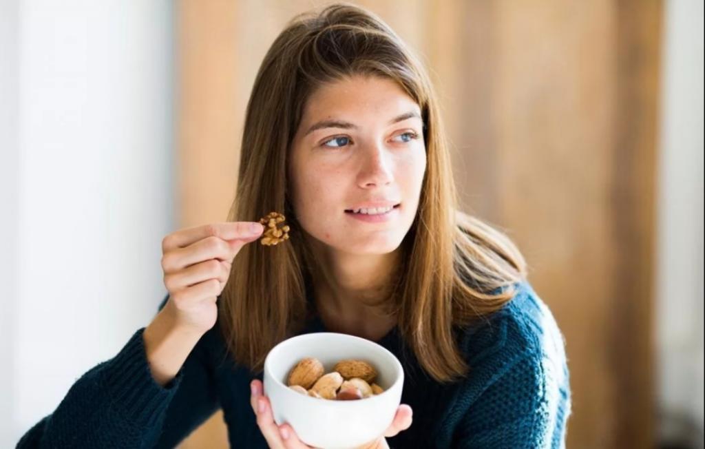 Подруга не понимала, зачем я ем столько мяса и лимонов: тогда я открыла ей глаза на коллаген
