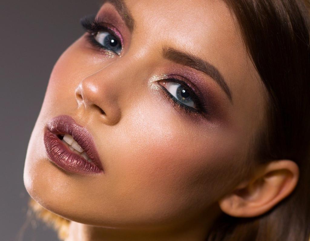Используем тоник: секреты стойкого макияжа глаз