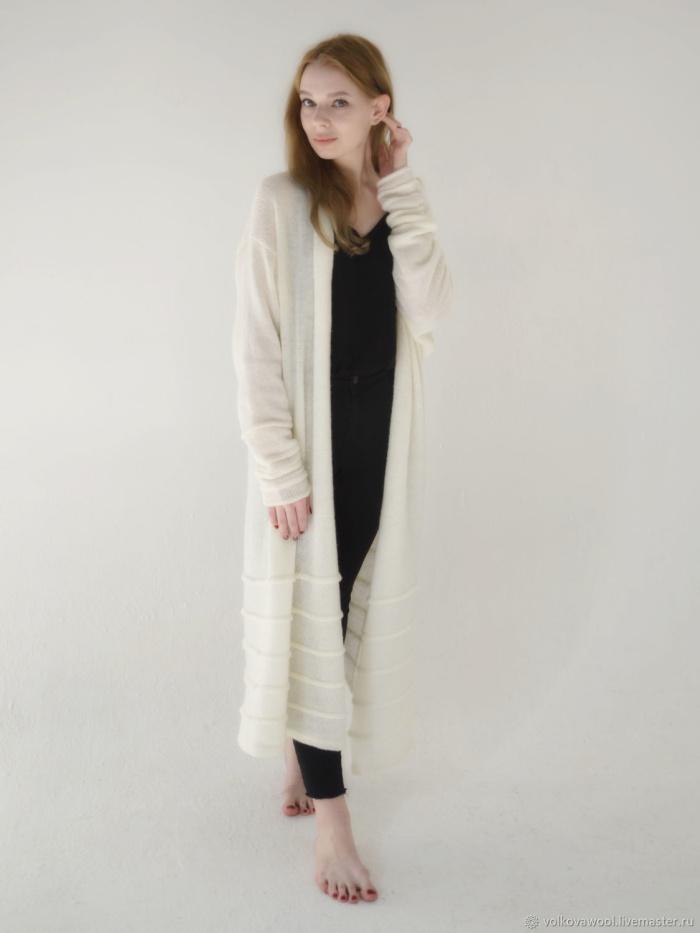 Тонкий длинный шарф и не только: 10 вещей, которые помогут выглядеть выше и стройнее