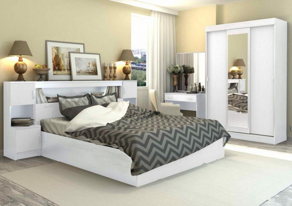 Интерьер спальни: слишком низкая прикроватная тумбочка и еще 4 ошибки, которые мешают полноценно отдохнуть