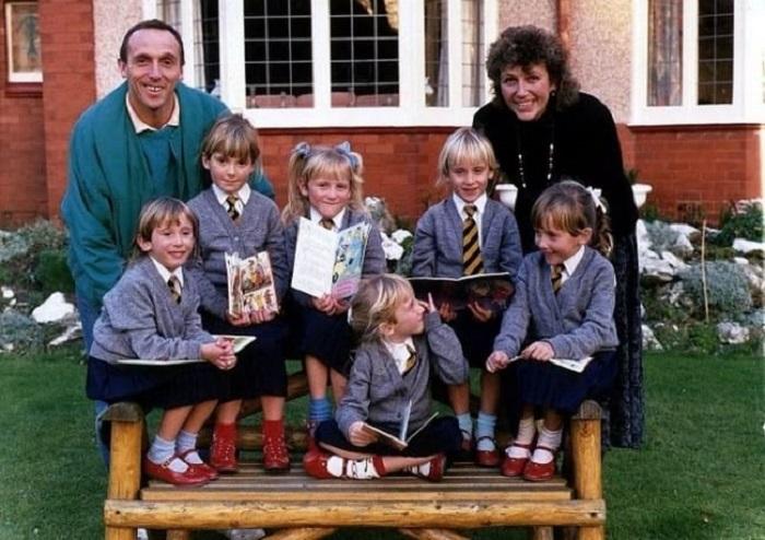 У пары родились сразу 6 девочек: как они выглядят 37 лет спустя