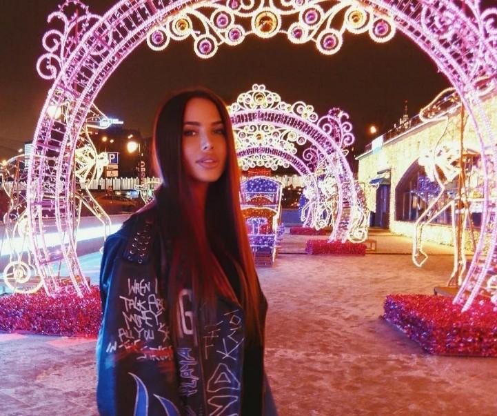 «Подумайте лучше о себе»: Анастасия Решетова резко осадила подписчиков