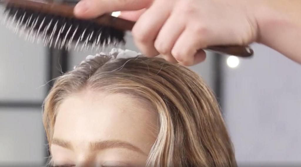 Делаем волосы объемными, как после салона. Простая техника в домашних условиях