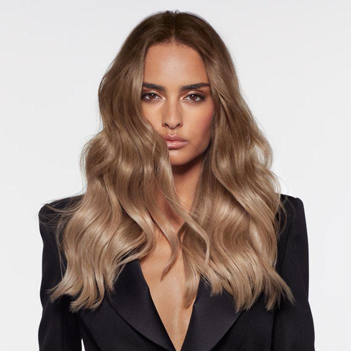 Не только макияж: Анна Романиэлло из L'Oréal представляет модный тренд Smoky Hair