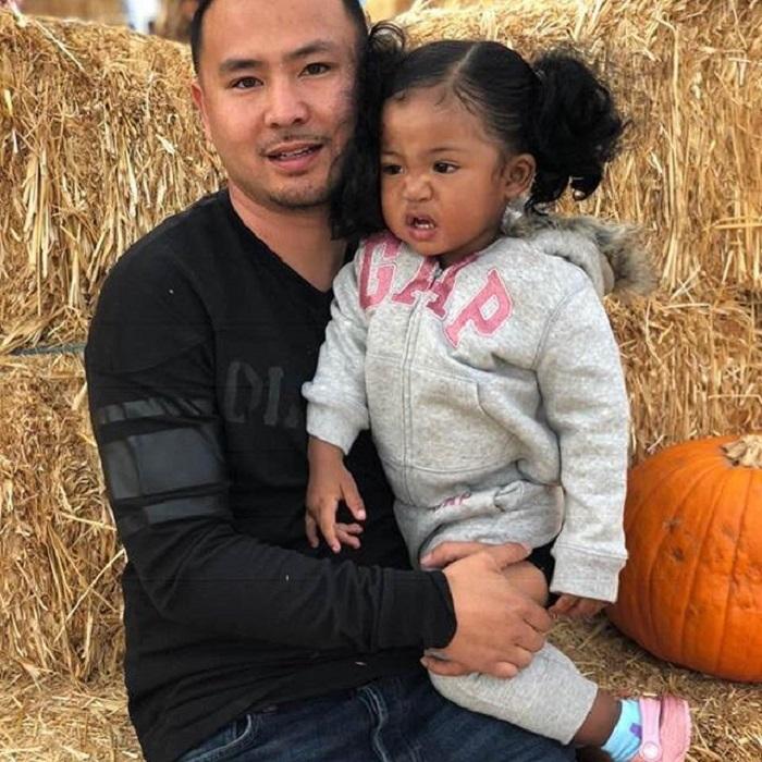 Папа - вьетнамец, мама - африканка: пара подарила миру дочку необычайной красоты
