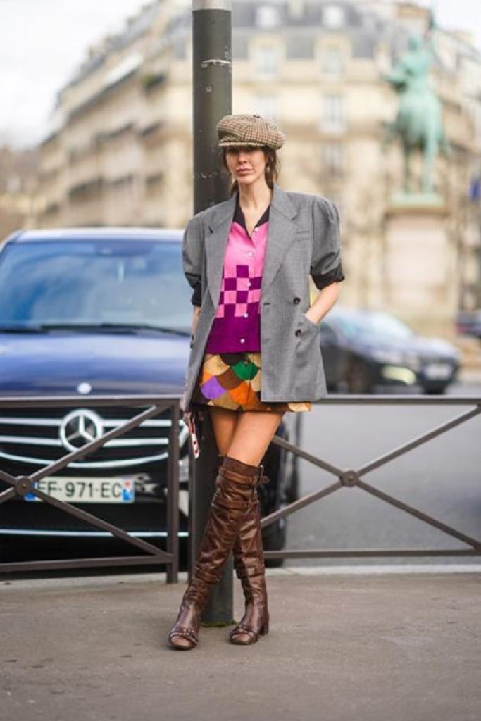С чем сочетать весенние сапоги выше колена: подборка модных образов