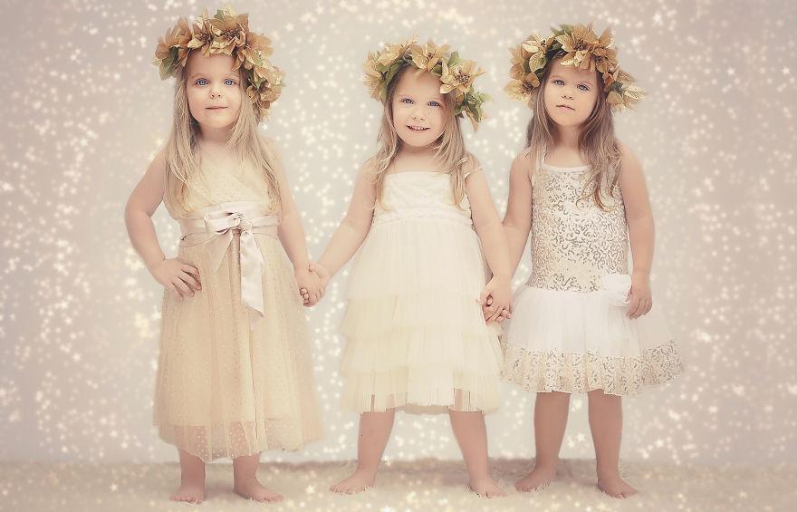 Мама снимала хронику, как растут ее дочки-тройняшки - получился милый фотоальбом