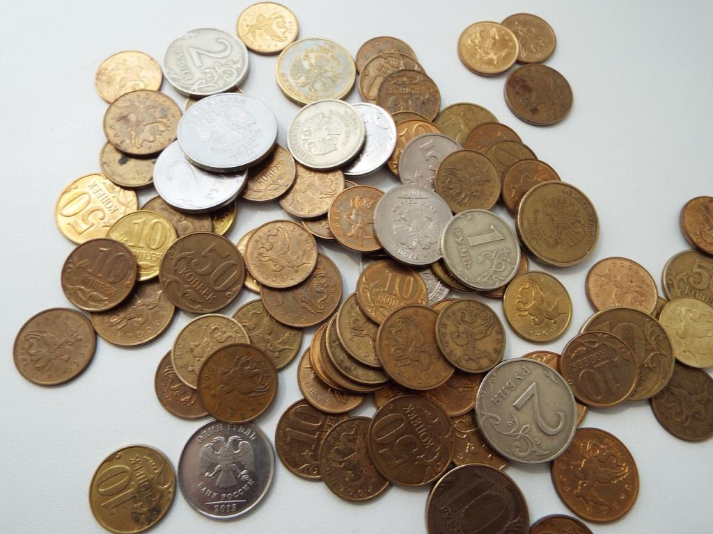 Возьмите монетку : женщина показала, как отчистить старые противни (выглядят, как новые)