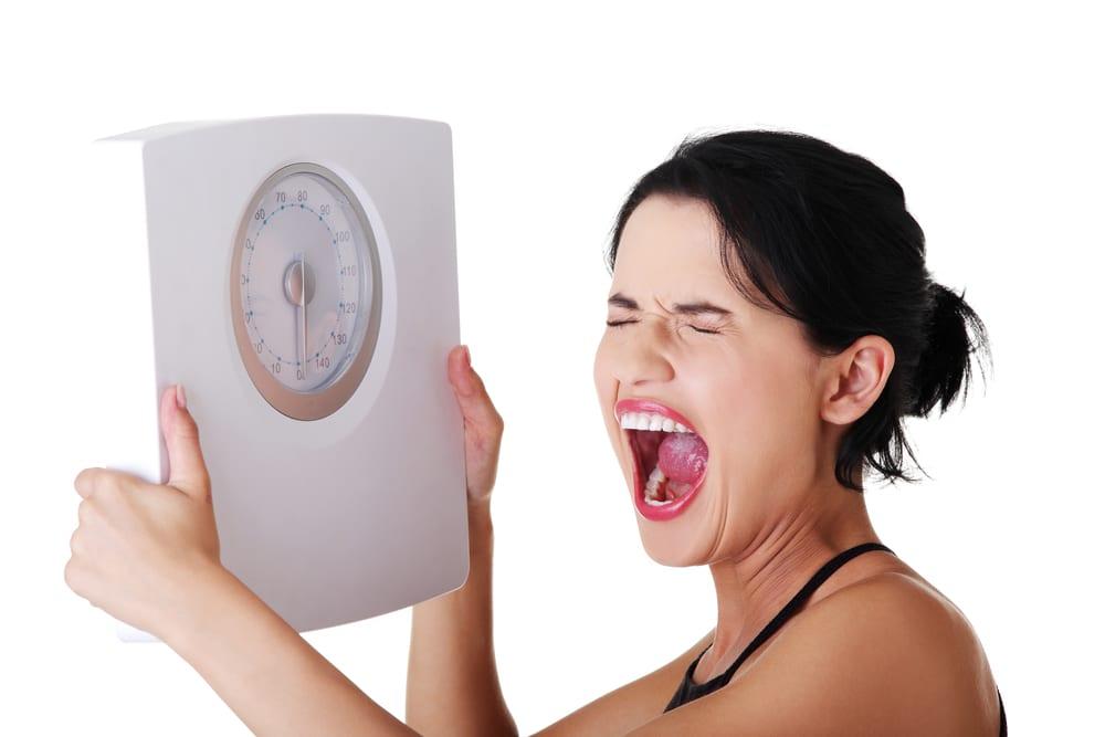 За ночь прибавили килограмм? Почему так часто случается и почему не следует из-за этого беспокоиться