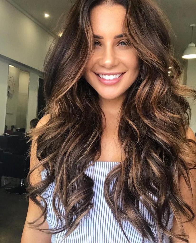 Оставляя родной цвет волос, вносим изюминку. Брондирование волос самостоятельно