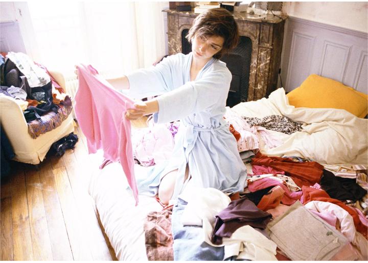 Выбросила все, что мешало, и стала счастливой. Как уборка дома может стать началом пути к легкой жизни