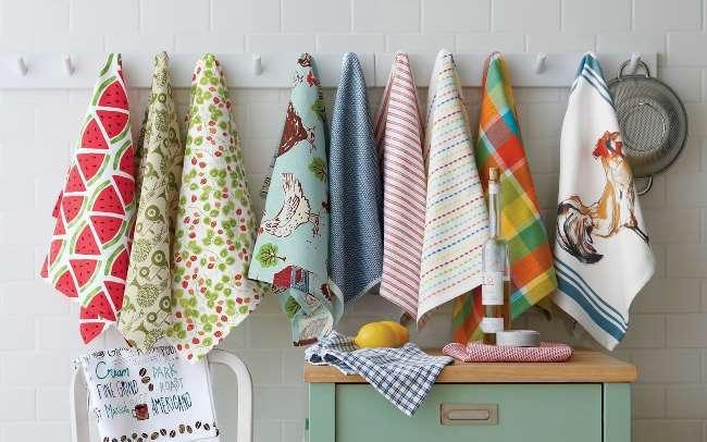 Мои кухонные полотенца всегда чистые и пахнут свежестью. Не стираю, пользуюсь специальным методом (занимает пару минут)
