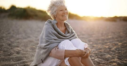 Женщины-одиночки в старости крепче и радостнее, чем те, кто замужем