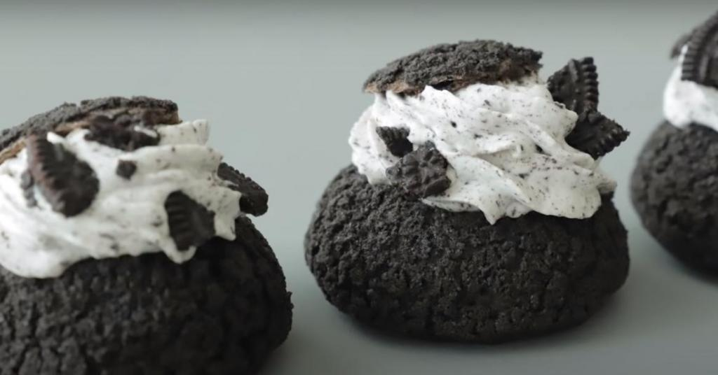 Необычные пирожные с заварным кремом и печеньем  Орео : выглядят эффектно и дорого, а на вкус – объедение