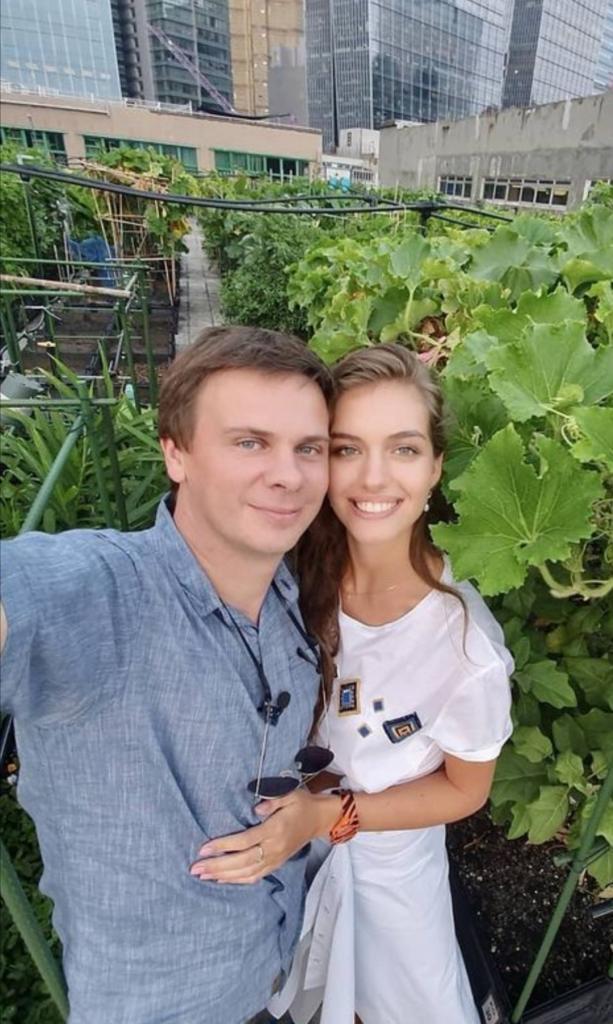 Дмитрий Комаров женат на мисс Украина 2016: пара видится по графику, но это не мешает их любви