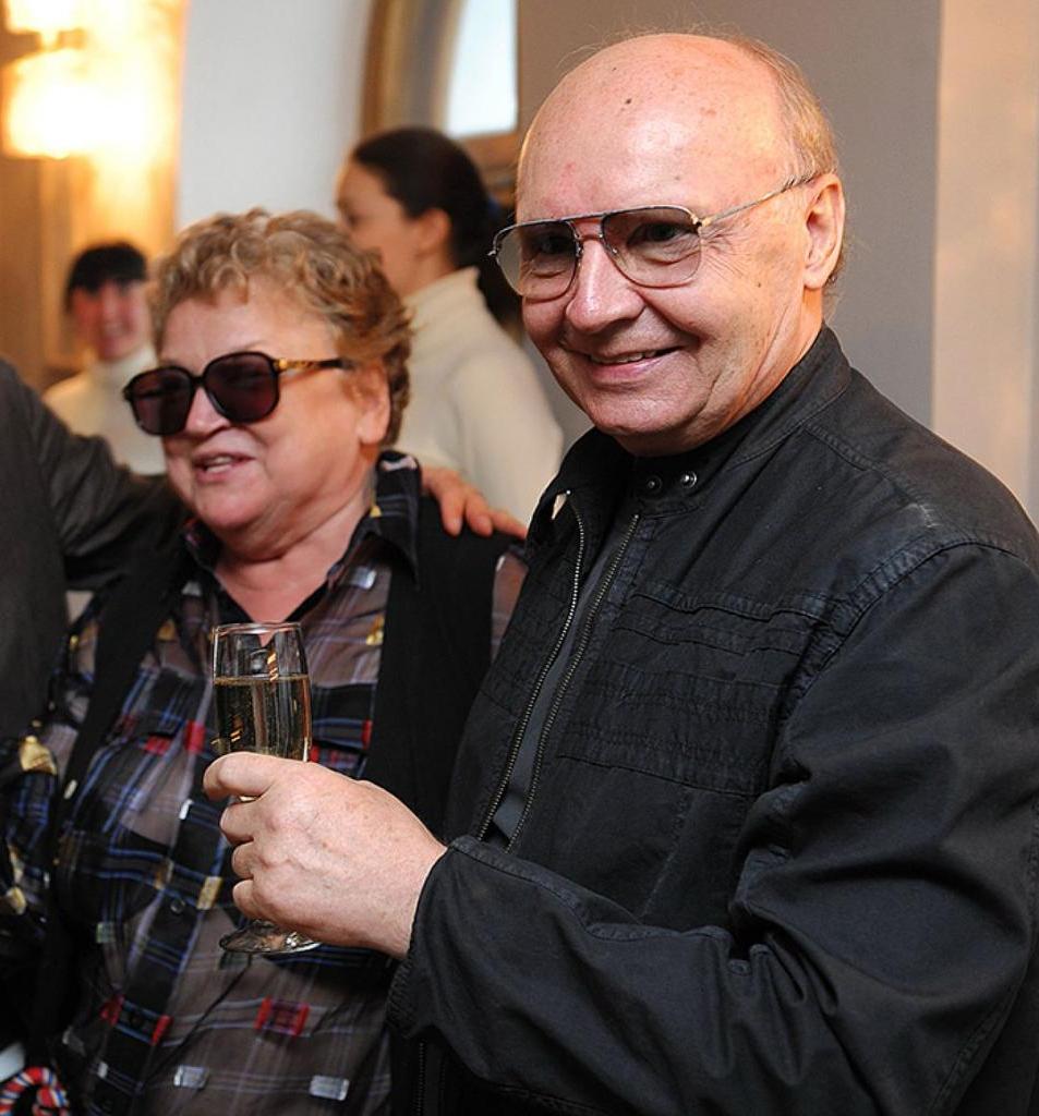 Как сделать так, чтобы семья была крепкой: когда то Андрей Мягков назвал самый точный способ (он помог актеру прожить с любимой женщиной почти 60 лет)