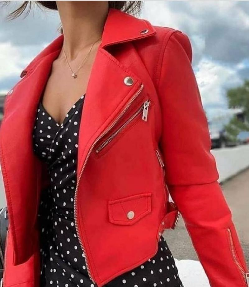 Приближается весна: универсальная куртка косуха должна присутствовать в гардеробе каждой модницы
