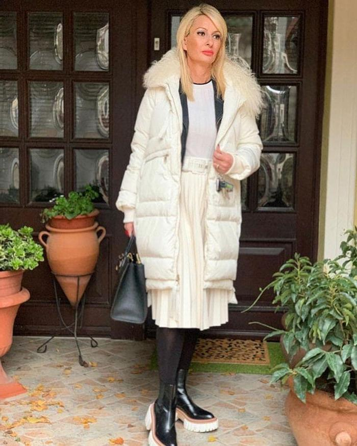 Какую надеть юбку и с чем ее сочетать в марте, когда солнце еще не припекает: подборка стильных идей