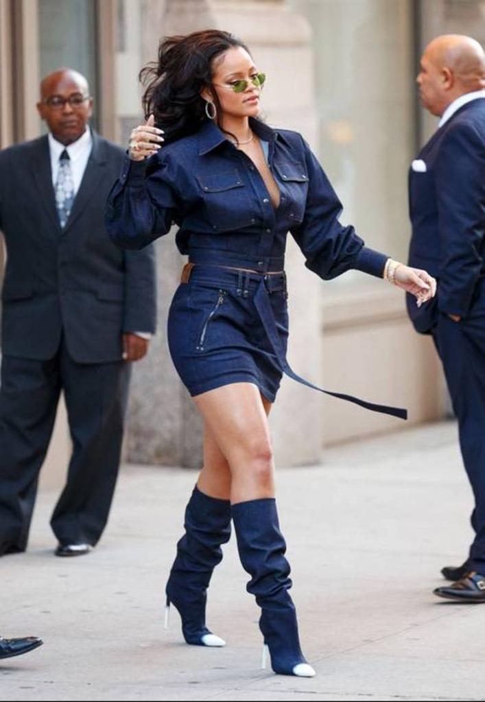 Для тех, кто не может найти свой стиль: как носить джинсовую куртку на примере звезд